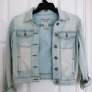 Girl Youth American Eagle jean jacket!